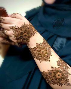 Dulhan Mehndi Designs, Mehandi Designs, Arabic Bridal Mehndi Designs, Mehndi Designs For Girls, Mehndi Design Photos, Latest Mehndi Designs, Mehndi Images, Arabic Mehndi, Henna Hand Designs
