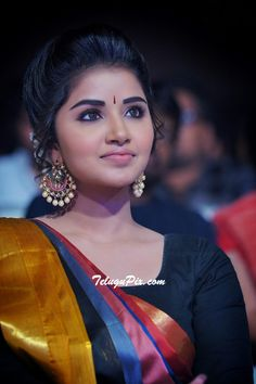 Anupama parameswaran sp3 South Actress, South Indian Actress, Most Beautiful Indian Actress, Beautiful Actresses, Anushka Shetty Saree, Indian Bridal Sarees, Anupama Parameswaran, Exotic Women, Amor