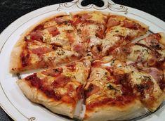 A jó pizza titka | NOSALTY – receptek képekkel Flatbread Pizza, Jamie Oliver, Hamburger, Food And Drink, Yummy Food, Cheese, Hot, Food, Recipes