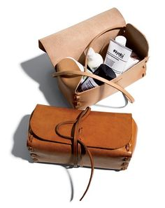 Best Stuff of the Year 2010 Kenton Sorenson Dopp Kit. Hand-conditioned leather without stains or dyes, so the natural color will change with sun exposure and regular use. Leather Pouch, Leather Purses, Leather Makeup Bag, Leather Totes, Leather Sofa, Crea Cuir, Dopp Kit, Leather Projects, Toiletry Bag