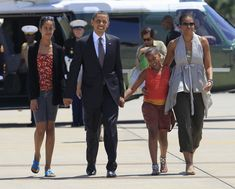 Jetsetters - The Obama Family's Sweetest Moments