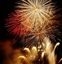 HERITAGE EVENTS. Bonfire Night Fireworks Displays Bonfire Night London, Fireworks Displays, Weekend Deals, Guy Fawkes, Wedding With Kids, The 5th Of November, Sparklers, Autumnal, Happy Fall