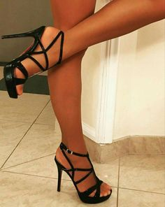 high heels – High Heels Daily Heels, stilettos and women's Shoes Black Stiletto Heels, Black High Heels, High Heels Stilettos, High Heel Boots, Hot Heels, Sexy Legs And Heels, Stripper Heels, Stockings Heels, Heels Outfits