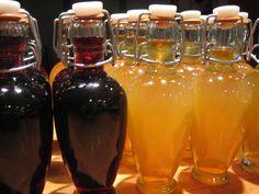 Apricot brandy & cherry cordial - recipe uses sugar, brandy, & riesling Apricot Brandy Recipe, Cherry Brandy, Homemade Alcohol, Homemade Liquor, Homemade Liqueur Recipes, Homemade Christmas Gifts, Homemade Gifts, Handmade Christmas, Christmas Diy