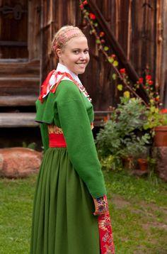 Jacket shape (Traditional festive costume from Rattvik. Swedish Men, Swedish Fashion, Swedish Design, Nordic Fashion, Folk Costume, Costumes, Half Gloves, Folk Clothing, Folk Festival