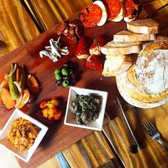 The spread at @avenuesbarandeatery. : @catherinetoth