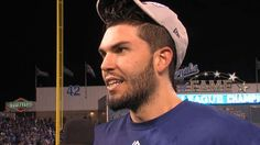 Hosmer on go-ahead hit in 8th, trip to World Series