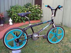 Women's Cycling Jersey, Cycling Art, Cycling Quotes, Cycling Jerseys, Haro Bikes, Haro Bmx, Bike Freestyle, Vintage Bmx Bikes, Gt Bmx