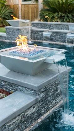 Backyard Pool Designs, Small Backyard Pools, Small Pools, Pool Decks, Swimming Pool Landscaping, Swimming Pool Designs, Swimming Pool Tiles, Landscaping Design, Outdoor Swimming Pool