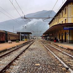 Repost @thomgraphy  _______________________________  Always have the same feeling like most do when they return from travelling a feeling of wanting to travel again... It won't be long.. #Italy #Italia #Italian #Train #Railway #Station #Travel #Tracks #Views #Photography #TravelPhotography #Traveller #TravelTheWorld #Adventure #Adventurer #wanderlustonly #Wanderlust #Future #JustGoShoot #Explore #Explorer #ExploreTheWorld #repost by wanderlustonly