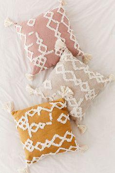 9 Safe Clever Ideas: Decorative Pillows Ideas Floor Cushions decorative pillows on bed yellow.Decorative Pillows Cases Cushion Covers decorative pillows on sofa pottery barn.Decorative Pillows On Sofa Pottery Barn. Boho Pillows, Diy Pillows, Couch Pillows, Pillow Ideas, Colorful Throw Pillows, Bolster Pillow, Rustic Pillows, Decorative Throw Pillows, Cheap Throw Pillows