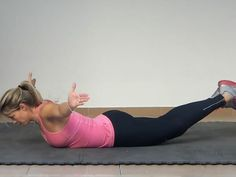Tips To Do Best Lower Back Exercises For Women Health Guru, Health Class, Health Trends, Pregnancy Health, Pregnancy Workout, Back Workout Women, Womens Health Magazine, Core Exercises, Training Exercises