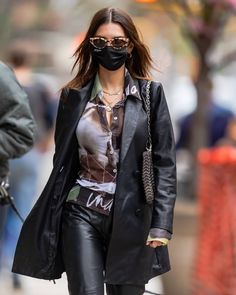 Models Off Duty, Lady And Gentlemen, Kendall Jenner, Style Icons, Gentleman, Leather Jacket, Lunch, Restaurant, York