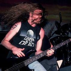Ron Mcgovney, David Ellefson, Jason Newsted, Cliff Burton, Robert Trujillo, Dave Mustaine, Dimebag Darrell, Kirk Hammett, James Hetfield