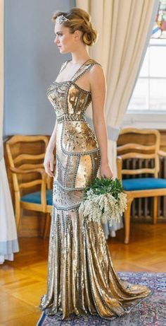 Mery's Couture ♥✤ Vintage Inspired Goddess Gown jaglady Different bridal gown idea Evening Dresses, Prom Dresses, Formal Dresses, Wedding Dresses, Beautiful Gowns, Beautiful Outfits, Gorgeous Dress, Style Feminin, Beauty And Fashion