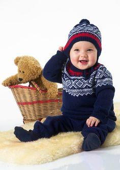 Kjøp Tema 30 klassikere til baby hos Nøstenett - Nøstenett - Dine nøster, rett hjem! Knit Crochet, Crochet Hats, Baby Barn, Nordic Sweater, Crochet Baby Clothes, Children In Need, Happy Baby, Little People, 30