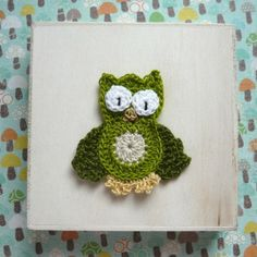 - Crochet Owl Applique in Limegreen Color with dark leaf wings - made to order Crochet Owl Applique, Giraffes, Crochet Earrings, Wings, Dark, Unique Jewelry, Handmade Gifts, Animals, Vintage