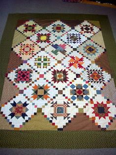 sampler quilt with great setting