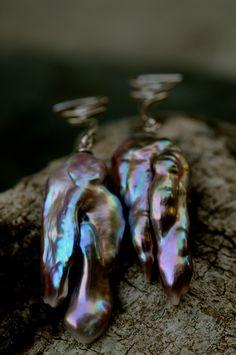 11-13MM HUGE gray Shell pearl earrings 18K gold plating