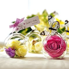 Blown Glass Globe Wedding Favors or Decorations Wedding Table Decorations, Wedding Themes, Wedding Centerpieces, Ledge Decorations, Butterfly Decorations, Decoration Table, Floral Centerpieces, Unique Wedding Favors, Unique Weddings