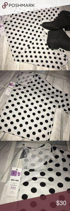 ⚫️A&D Hi-Lo Tunic⚫️ NWT Agnes & Dora Hi-Lo 3/4 sleeve Tunic- size M 95% rayon 5% spandex Agnes & Dora Tops Tunics