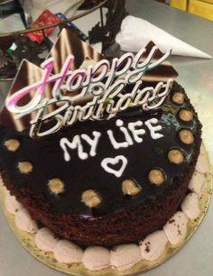 Happy Birthday Chocolate Cake, Happy Birthday Cake Images, Birthday Chocolates, Happy Birthday Candles, 22nd Birthday Cakes, Fiance Birthday, Bithday Cake, Birthday Celebration, Pastry Recipes
