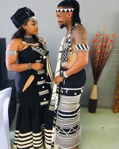 African Fashion Skirts, South African Fashion, African Fashion Designers, African Traditional Wear, African Traditional Wedding Dress, Traditional Dresses, Xhosa Attire, African Attire, African Dress
