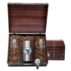 West Virginia Mountaineers Team Logo Wine Gift Set