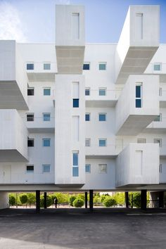 ♂ Unique Modern Architecture Social housing in Carabanchel