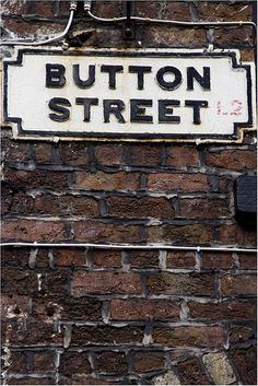 button st.