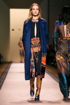 A look from the Etro Fall 2015 RTW collection.