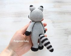 Patrón de ganchillo Cuddle Me Raccoon