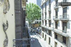 Room at LAS RAMBLAS, Plaza real in Barcelona