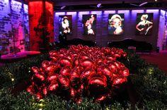 Balões metalizados compondo cenário. Festa de inauguração loja Cartier - Shopping Cidade Jardim. Equipe as Balloon forneceu balões, acessórios, gás hélio e executou serviço de manuseio. Para saber mais, visite nosso site www.asballoon.com.br