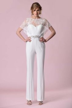 Wedding Pantsuit Ideas And Modern Bridal Outfits ❤ See more… Wedding Trouser Suits, Wedding Pantsuit, Wedding Attire, Tomboy Wedding Dress, Wedding Gowns, Bridal Pants, Wedding Jumpsuit, Bridal Outfits, Bridal Dresses