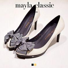 mayla in 2020 Pretty Shoes, Cute Shoes, Elegant Woman, Lolita Fashion, Platform Pumps, Kitten Heels, Peep Toe, Fine Jewelry, High Heels
