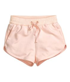 See this and similar H&M shorts - Short shorts in sweatshirt fabric with an elasticated drawstring waist and side pockets. Hot Pants, Hot Pink Pants, Light Pink Shorts, Pink Light, H&m Shorts, Pajama Shorts, Cotton Shorts, Comfy Shorts, Short Shorts