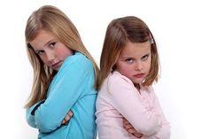 La rebeldía aparece como característica común en distintas etapas del desarrollo del niño/a es una conducta normal. Los niños y niñas están formando su identidad y tienen la necesidad de afirmación...