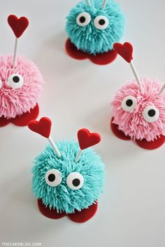"""DIY """"monster"""" Cupcakes - Step by Step Tutorial by Carrie Sellman for TheCakeBlog.com These would be so cute for a Monster Party!  #StylishKidsParties"""