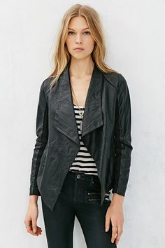 BB Dakota Antonya Vegan Leather Jacket - Urban Outfitters
