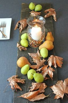 5 Easy, Inexpensive Fall Decorating Ideas (perfect for your Thanksgiving table!) Thanksgiving Table Settings, Thanksgiving Centerpieces, Diy Centerpieces, Thanksgiving Ideas, Table Decorations, Holiday Decorations, Holiday Ideas, Frugal Living Nw, Budget