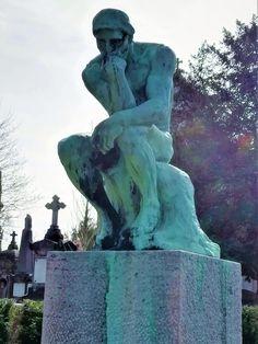 Das Original des Denkers aus den Jahren 1880/82 befindet sich im Musée Rodin in Paris. Eine, von insgesamt 20 Kopien, steht am Grab Rodins in Meudon, südwestlich von Paris. Und eine weitere davon auf dem Friedhof in Laeken. Musée Rodin, Greek, Statue, Paris, Europe, World's Fair, Communities Unit, Belgium, Montmartre Paris