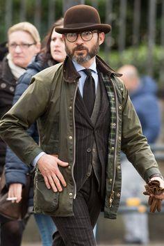 "anthonyknaape: ""The British look! """