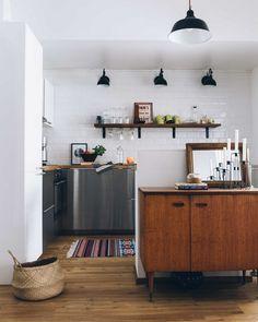 Scandinavian kitchen decor | Pinossa Hygge Home, Scandinavian Kitchen, Credenza, Kitchen Decor, Kitchen Ideas, Really Cool Stuff, My House, Indoor, Cabinet