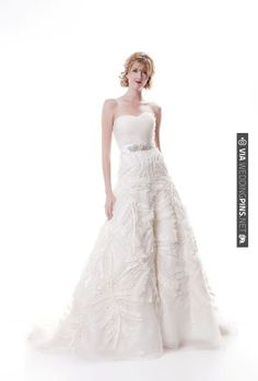 Sarah.Houston - River chic wedding dress | VIA #WEDDINGPINS.NET