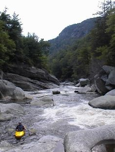 American Whitewater - Linville Falls to Lake James , Linville North Carolina, US