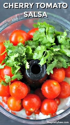 I'm bookmarking this recipe for the summer! I always have so many cherry tomatoes and I can't wait to make this cherry tomato salsa! Mexican Food Recipes, New Recipes, Vegetarian Recipes, Healthy Recipes, Apple Recipes, Canning Cherry Tomatoes, Freezing Cherry Tomatoes, Tomato Canning, Sauces