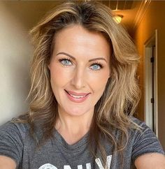 Sheri Easterling is a famous model engineer and photographer for Model, Tiktok Star, and Instagram Star. She is popular for being the mom of Addison Easterling Rea, a famous Tiktok star.   Sheri Easterling Biography   Sheri is famous for her comedy video clips, video dancing, and lip-syncing performs on Tiktok. Also known for her … Sheri Easterling Biography, Wiki, Height, Boyfriend & More Read More »