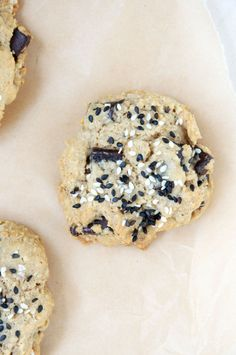 Gluten-Free Tahini Chocolate Chip Cookies - autumn makes and does