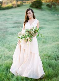 Pastel roses paired with a beautiful blush gown, this wedding inspiration is perfect for the Bride looking for feminine features for her Big Day